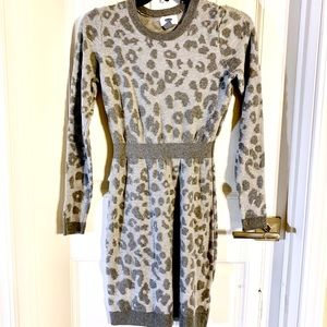 Old Navy's snow leopard print sweater dress